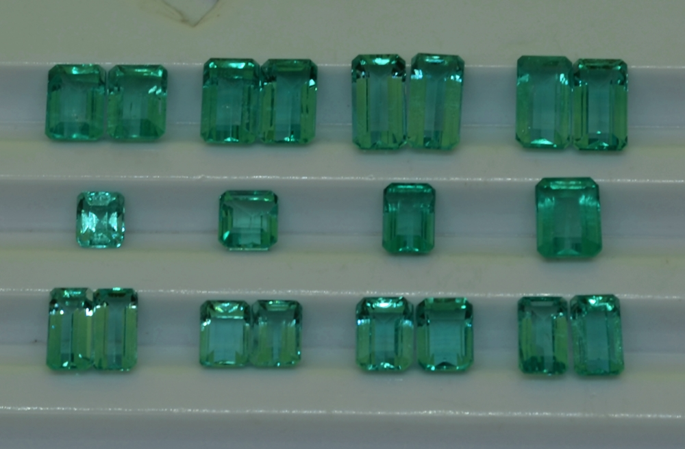"28.61 cts Emerald Stone Colombian emerald ""Cut Emerald"" Good Quality Clean"