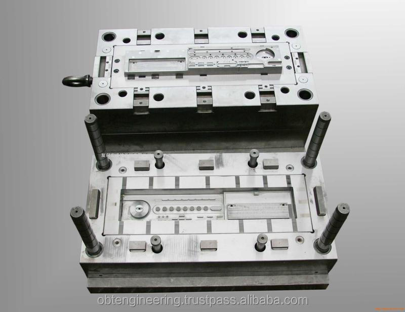 auto spares parts injection plastic mould in China