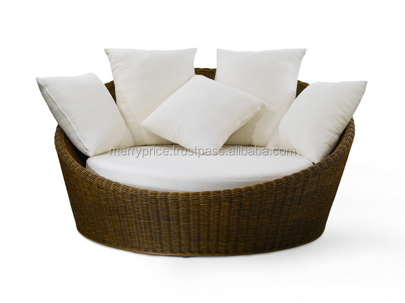 ORBIT LOVE SOFA ROUND : Malaysia Wood furniture sets Outdoor Hotel Rattan Round sofa bed