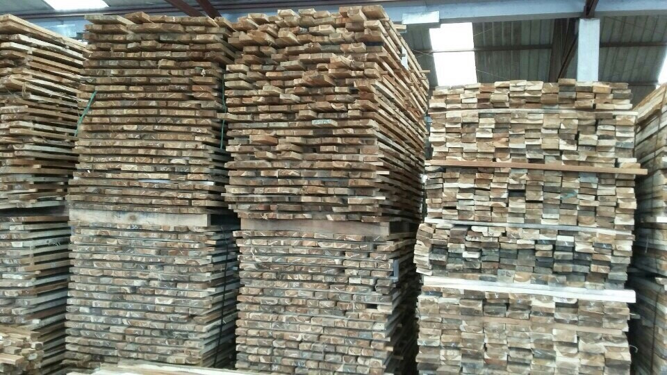 Selling Acacia Sawn Timber From TanHa