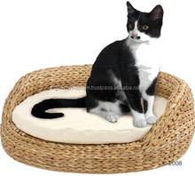 Round Water hyacinth cat bed, 100% natural fiber
