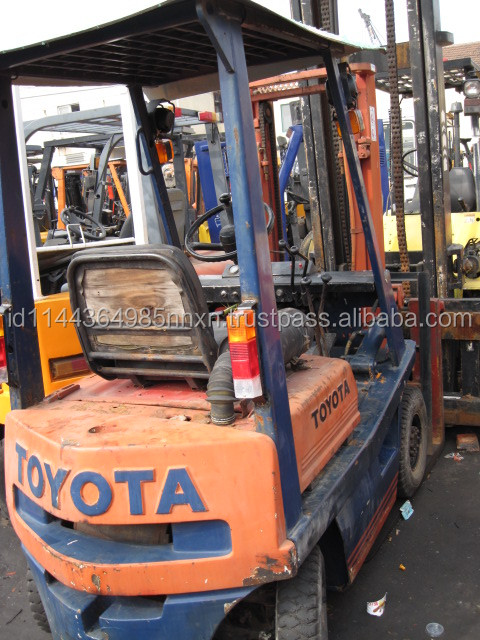 used Toyota forklift FD15 Japanese forkman 1.5 tons truck hot sale good performance in Shanghai