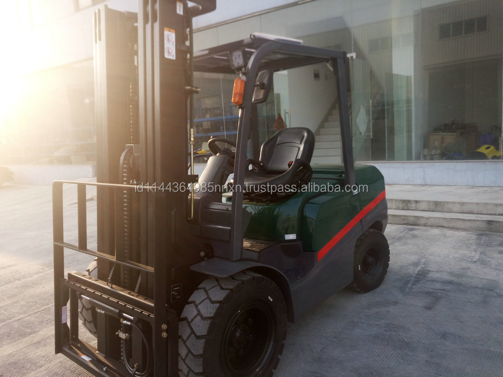 4 ton TCMC diesel forklift forklift steering wheel in shanghai china