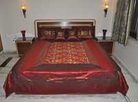 Indian Brocade Silk Embroidered Bedspread with Pillow & Cushion Covers , Retailers for All Hole Decor