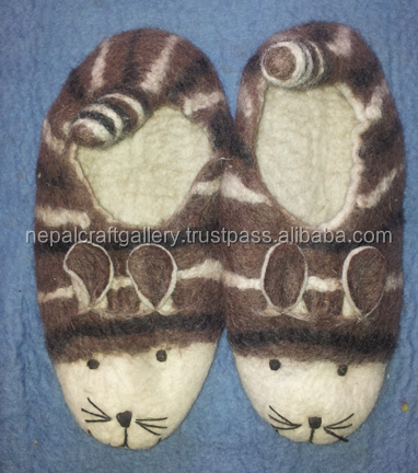 MOUSE DESIGN FELT SHOES