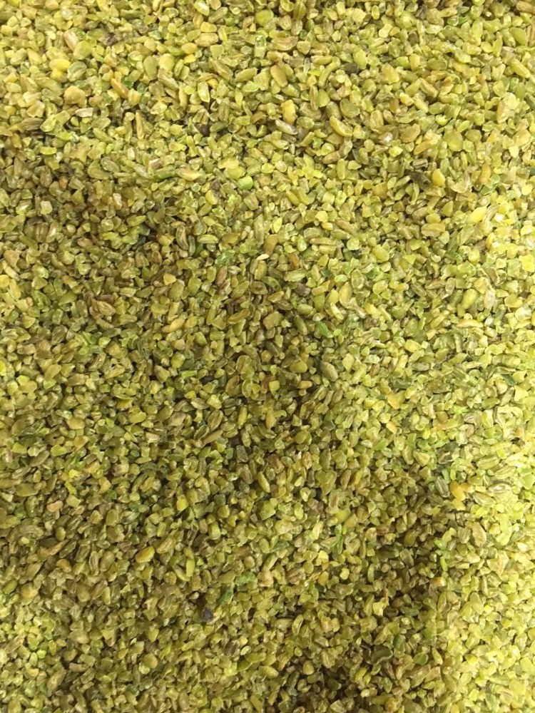 Freekeh grits of wheat germ 99% purity produced Acc. in ISO 22000 factory