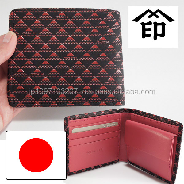 Various types of traditional handicrafts woman wallet for daily use