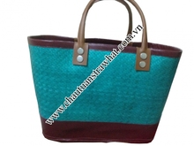 Wholesales guess handbag from manufacturer in Vietnam