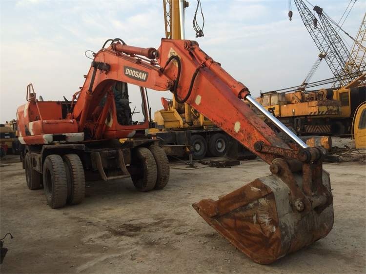 Wheel Used Doosan Excavator For Sale In Korea , Very Good Condition