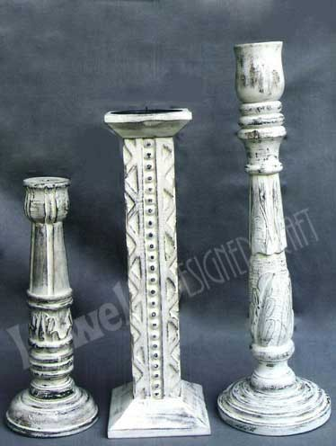 PILLAR WOODEN CANDLESTICK HOLDER
