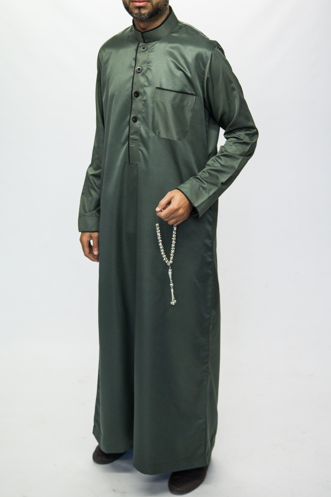 Saudi thobe 2016 Hot Products Arabian thobes of Muslim clothing dubai wholesale market