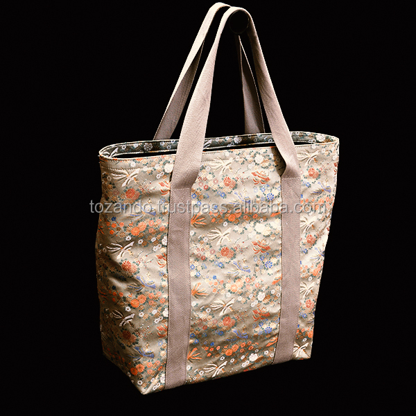 Classic and Traditional Tote Bag at best prices, small lot order available, great replacement of leather bag