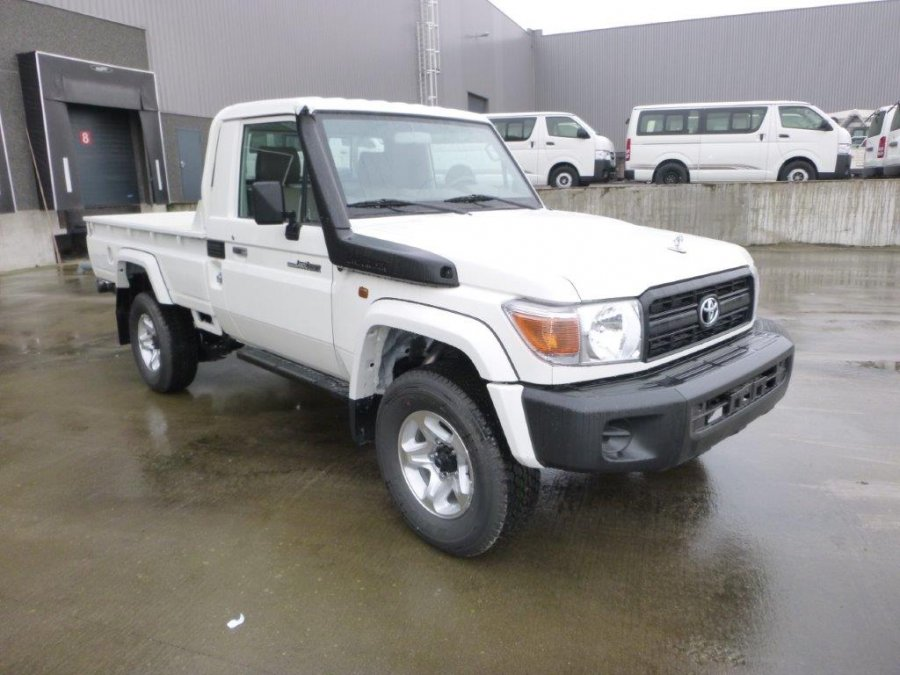 Toyota Land Cruiser Pick Up 4x4 HZJ 79 Simple Cab 4.2l diesel abs-airbags ltd ref 1915