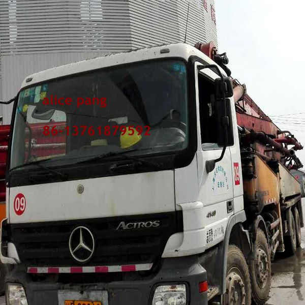High performance Used concrete pump truck (35-37 Boom )