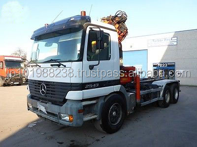 USED TRUCKS - ACTROS 2643 6X4 ROLL OFF TIPPER (LHD 9026)