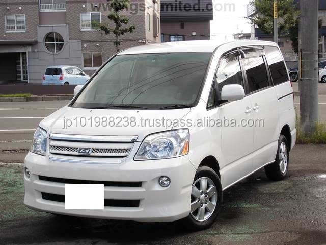 TOYOTA NOAH X G SELECTION (572 GASOLINE)