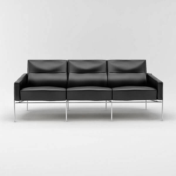 Arne Jacobsen Series 3300 Sofa