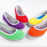 Snowy lady shoes Color: Red, orange, Blue, Cocoa, purple, white. Size 35-43.
