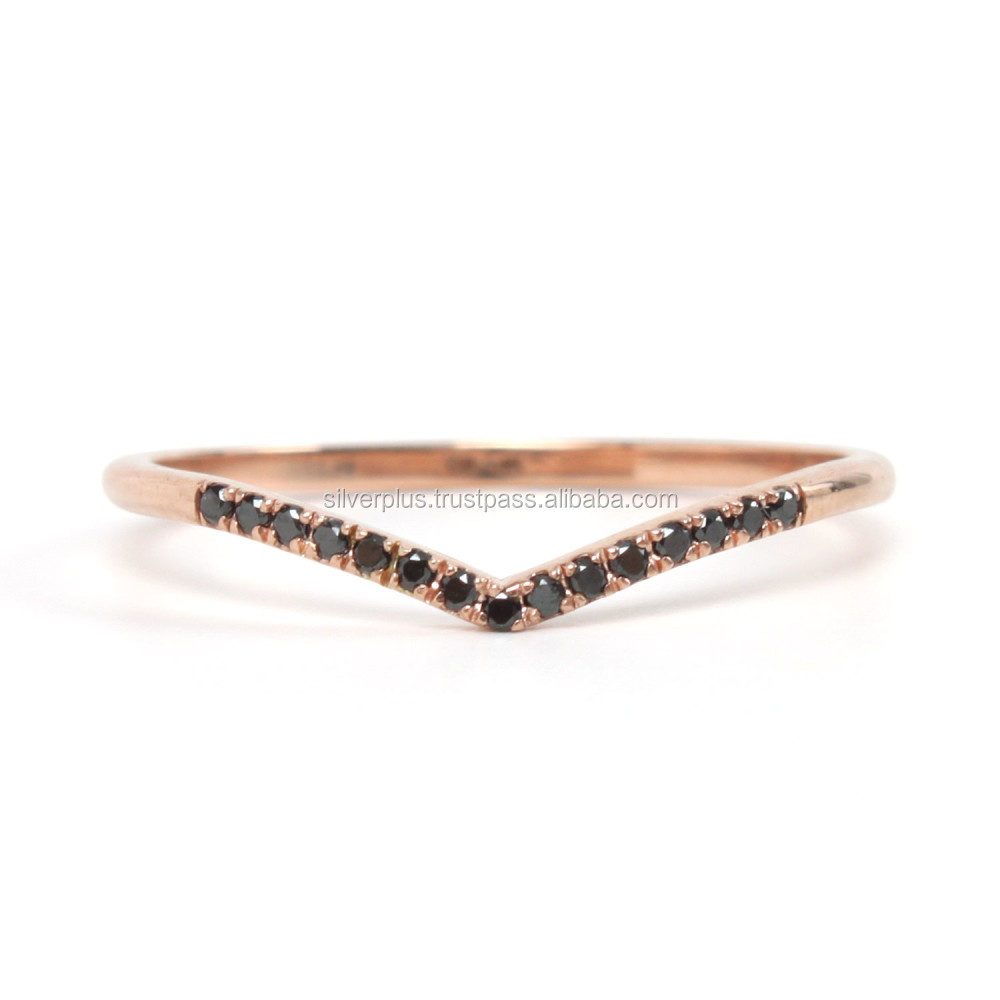 18k Rose Gold Black Diamond V Shaped Ring