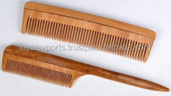 NATURAL NEEM WOOD COMB