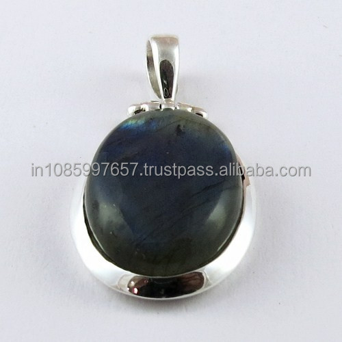 Simple Look Gemstone Labradorite 925 Silver Pendant, Handmade Silver Jewelry, Exporter and Wholeseller