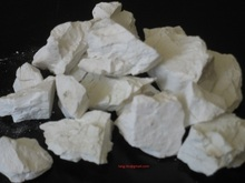 Quicklime lump: CaO > 92% for steel, sugar, paper, water treatment industries