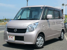 Good looking and Popular nissan car models manufacturers ROOX E 2011 used car with Good Condition made in Japan