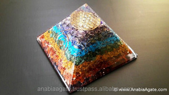Chakra Layer Orgonite Healing Pyramid : Orgone Pyramid With Flower Of Life Metal Symbol