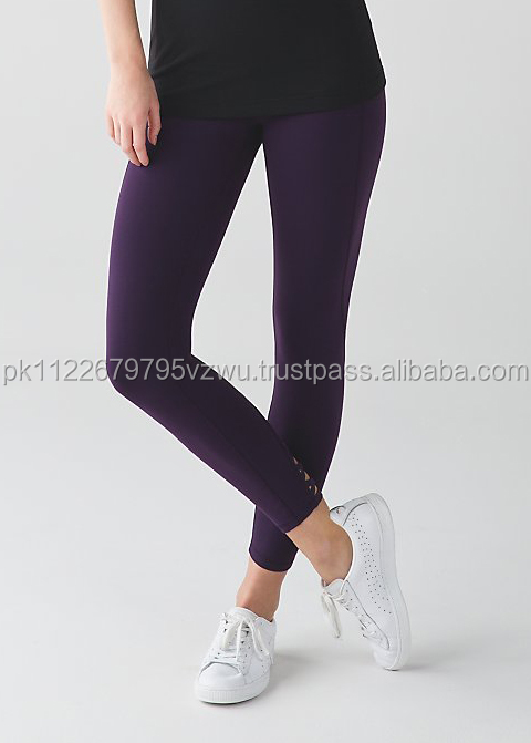 cheap rates custom design legging for Women with imported fabric with back slip pocket to hold your phone