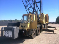 USED 1982 P&H 9150 lattice truck crane