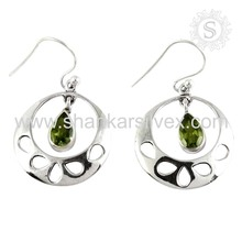 Alluring Peridot Earring Natural Gemstone Silver Jewelry Wholesaler 925 Silver Jewelry India