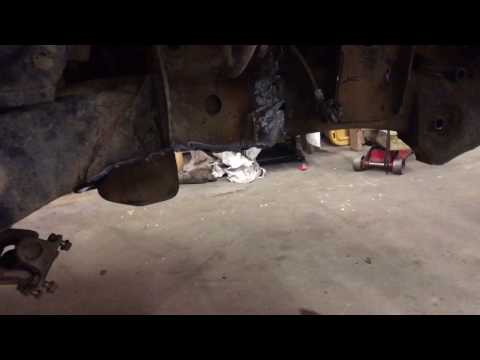 Isuzu Trooper solid axle swap Toyota axle part 1of 4