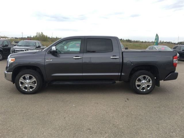 Used 2015 Toyota Tundra Pickup Truck USA/Canada (LHD)