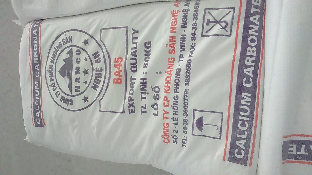 Calcium carbonate filler for making paint