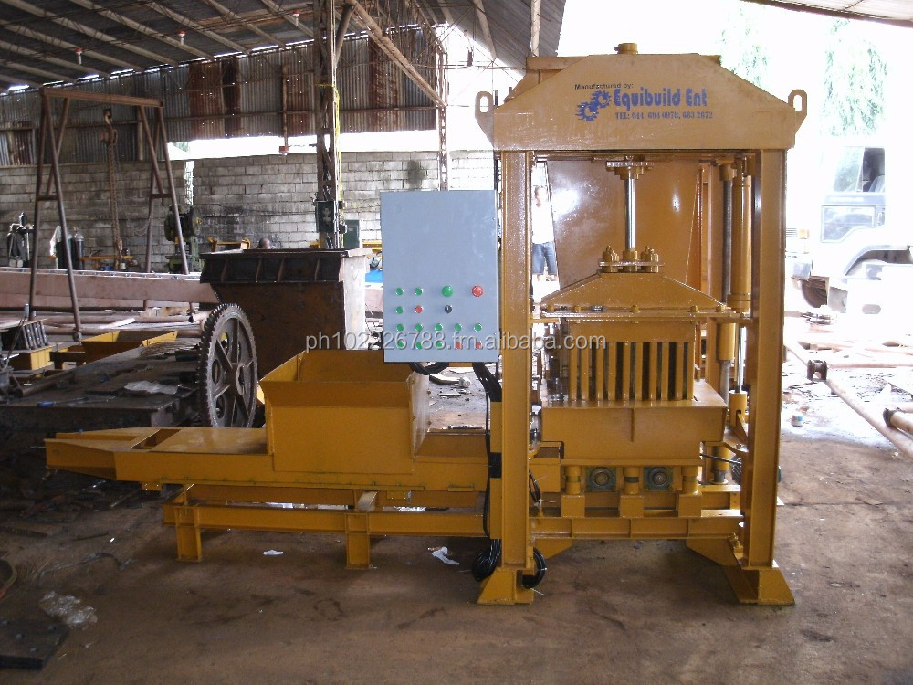 Concrete Hollow Blocks Machine