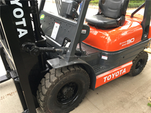 Factory price used Toyota forklift 3ton 7FD30, used diesel 3 ton forklift truck Toyota 7FD30