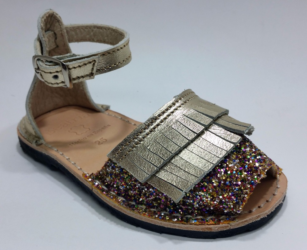 New models Spanish sandals for children made in leather