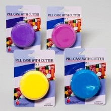 PILL CUTTER W/CASE ROUND 4ASST COLORS 12PC MERCHSTRIP #G14547CS