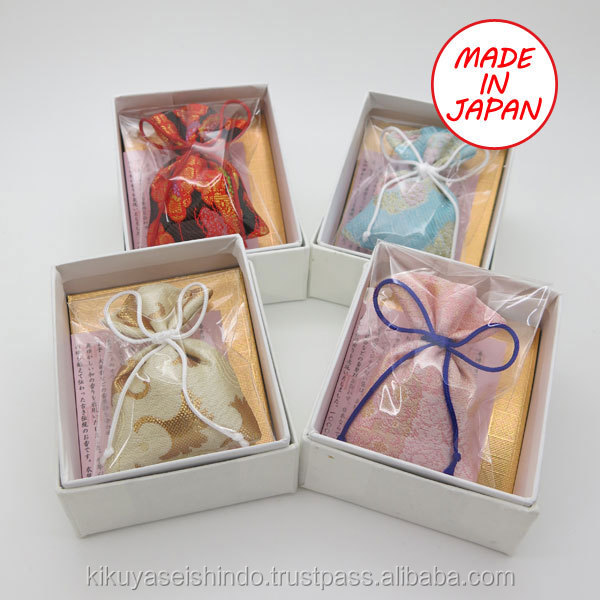 High quality and traditional bulk perfume cushion made in Japan