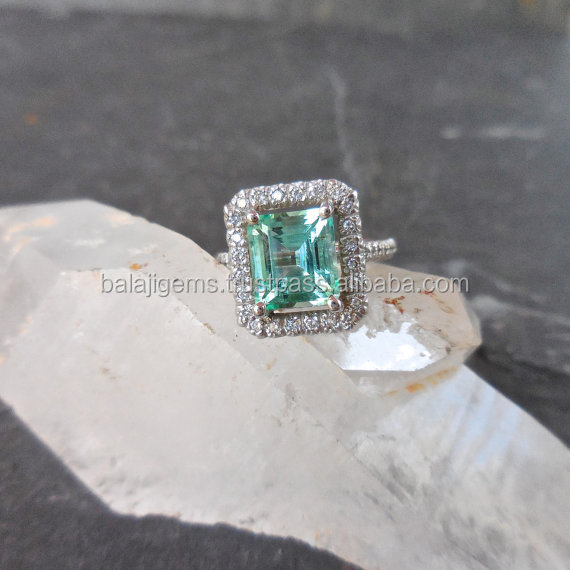 Natural Jewellery Wholesale fashion For Women Emerald Stone Wedding Ring