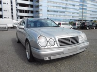 Good condition and durable mercedes benz e320 for industrial use