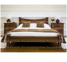 Best expert wise made Bedroom Wooden Style Furniture Sheesham Wood Luxurious Touch Bed.