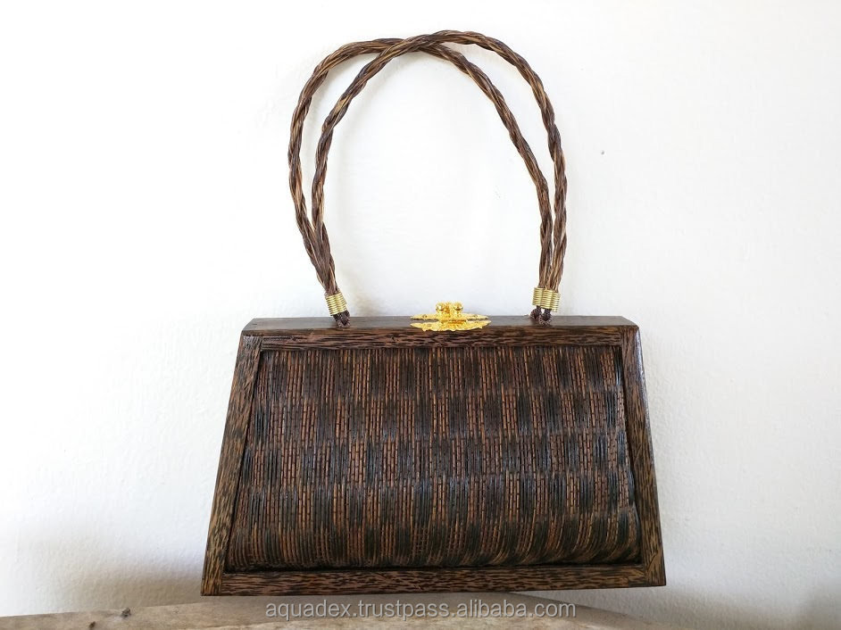 Ladies HIGH Quality Handbag La Bella Hand-woven Sugar Palm and Coconut Wood metal lock made in Thailand from paradise