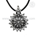 Eye Catching Fashion Women Pendant 925 Silver Jewelry Pendant Wholesaler Handmade Silver Jewelry