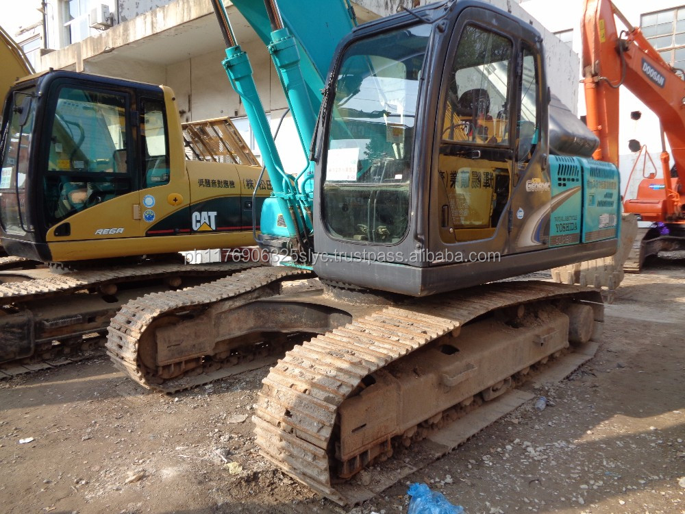 Green Color Used Kobelco SK210 SK210-6 Excavator For Sale , Original From Japan