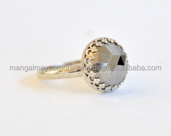 new design ladies finger ring 925 sterling silver gold plated bezel setting ring