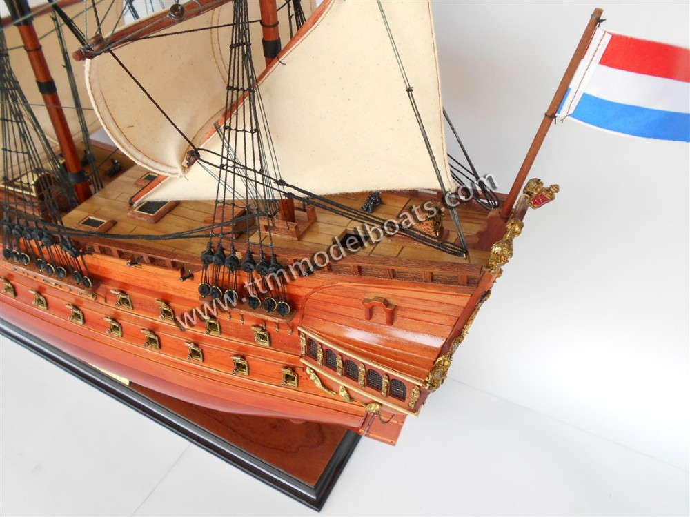 Friesland modèle en bois bateau à vendre ( historique