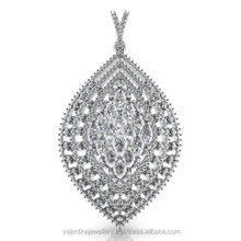 White Gold Pretty Pendant In Leaf Pattern Studded With Diamonds