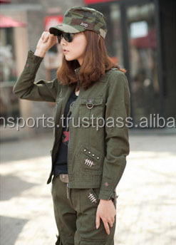female models outdoor camouflage military short jacket dark green jacket casual personality
