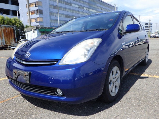 Exellent condition and Durable toyota prius hybrid used car with popular